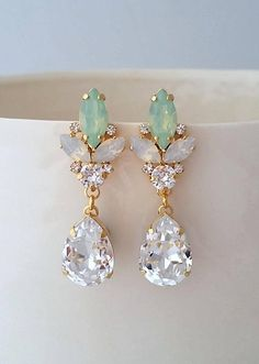 White opal earrings,Mint earrings,Crystal Bridal earrings,Bridesmaid gift,Bridal jewelry,Swarovski earring,statement earring,Wedding earring