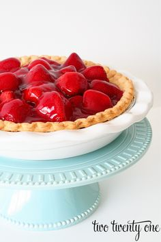 Fresh Strawberry Pie Recipe from Two Twenty One - quick, ready, no-bake for those soon-to-be-here hot days