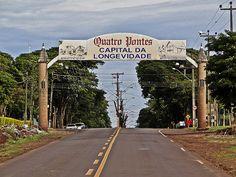 Quatro Pontes, Paraná, Brasil - pop 3.981 (2014)