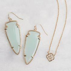 Kendra Scott Seafoam Earrings and Dainty Chain Necklace Cute Jewelry, Jewelry Box, Jewelery, Jewelry Watches, Jewelry Accessories, Women Jewelry, Jewelry Necklaces, Kendra Scott Jewelry, Diamond Are A Girls Best Friend