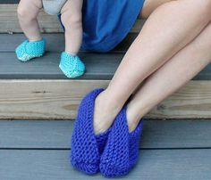 Gina Michele: Easy Foldover Slippers [knitting pattern]