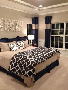 Tray ceiling in master bedroom – with crown molding on main walls and in tray ceiling