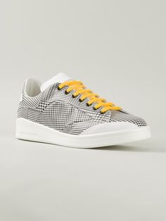 more photos b241e b38c2 Alexander Mcqueen Houndstooth Sneakers Herrmode, Sneakers Mode, Skor  Sneakers, Hundtandsmönster, Reebok,