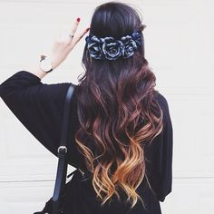 ombre hair/ brown hair with blonde tips