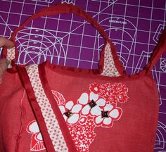 Boxy red bag with grosgrain ribbon trim! **TUT ON PAGE 2!!!** - PURSES, BAGS, WALLETS