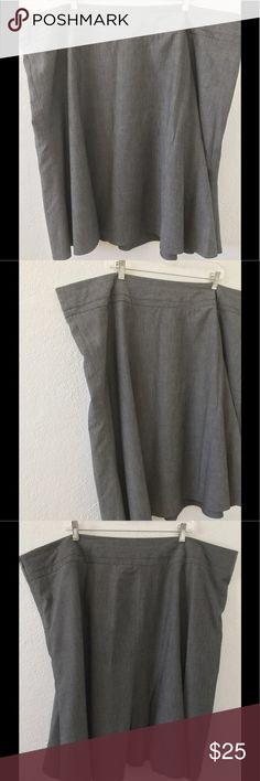 "Lane Bryant Sz 28 Gray Skirt Lined Lane Bryant Skirt  Size 28  Measurements:  Waist 25 1/2""  Hips 28 1/2""  Length from waist 26"" Lane Bryant Skirts"