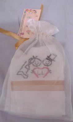 Lembrancinhas de casamento no saco de organza