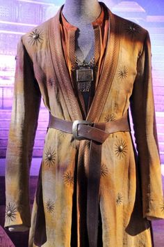 A costume for Oberyn Martell (Season 4). From GOT Exhibit.