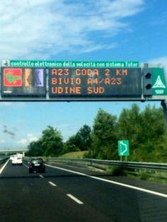 Friuli #Venezia #Giulia: #Grave incidente in A23 un furgone finisce fuori strada (link: http://ift.tt/2bSHLsZ )