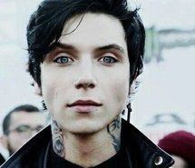 Andy O.now this is what i call perfection.Andy Biersack of Black Veil Brides. Andy Black, Andy Biersack, Jake Pitts, Black Veil Brides Andy, Emo Bands, Music Bands, Robert Pattinson, Beautiful Men, Beautiful People