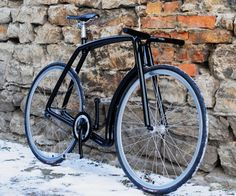 """The stainless steel """"Viks"""" frame started out as a personal project for Indrek. He needed a new commuter bike, and being a designer and engineer, he decided to create one. After modeling his frameset design in SolidWorks, he built his custom frameset using 30mm stainless tubes"""