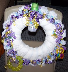 How to Make a Diaper Wreath in 6 Steps