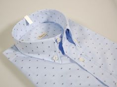 Heavenly fil coupe blouse ingram neck botton with pocket