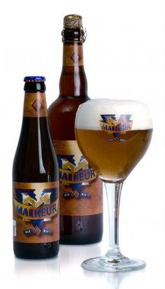 Cerveja Malheur 10°, estilo Belgian Golden Strong Ale, produzida por De Landtsheer, Bélgica. 10% ABV de álcool.