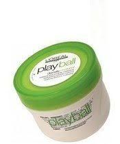 playball green Geeft textuur en body aan het haar, met een natuurlijke zijdeglans. Een modellerende pasta voor alle haarlengtes, met een heerlijke meloen-banaan parfum.