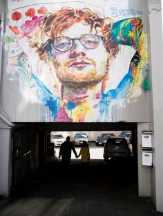 A giant mural of pop star Ed Sheeran has been painted in New Zealand