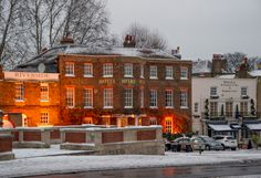 The Mitre Hotel near Hampton Court