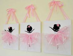 Ballerina nursery wall art in pink and white. Ballerina nursery wall art in pink and white. Ballerina Kunst, Ballerina Nursery, Ballerina Painting, Ballerina Birthday, Nursery Wall Decor, Nursery Art, Girl Nursery, Room Decor, Bedroom Wall