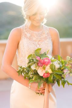 Pink garden wedding bouquet | Pure In Art Photography