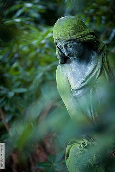 statue in graveyard...