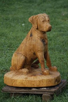 Orange Hills Golf Course in Orange, CT has commissioned a series of lifesize, sitting dog portraits. Metal Sculpture Wall Art, Dog Sculpture, Chainsaw Wood Carving, Wood Carvings, Ghost Dog, Tree Carving, Wood Carving Patterns, Black Labrador, Dog Portraits