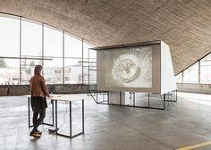 Starship, bureau sacha von der potter, 2014, exhibition design © HEAD — Genève / Dylan Perrenoud