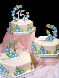 Nuevas Tendencias en Decoración de Tortas: Tortas de 15 años.