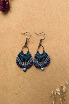 ideal photos of macrame earrings, ideal photos of macrame earrings Ideal photos of macrame earrings You need the following consumables to make your hemp earrings. Hemp thread Hemp thre...,  #earrings #ideal #Macrame #photos #spiralcrochetearrings Macrame Square Knot, Macrame Knots, Hemp Necklace, Hemp Jewelry, Spiral Crochet Pattern, Crochet Patterns, Macrame Earrings, Crochet Earrings, Hemp Yarn