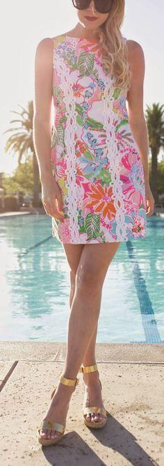Street style Chic / karen cox.  Sleeveless Spring Inspiration Dress by Atlantic - Pacific