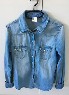 Kaufe meinen Artikel bei #Kleiderkreisel http://www.kleiderkreisel.de/damenmode/blusen/150579916-jeansbluse-jeanshemd-von-hm