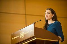 """ACNUR - Discurso de Angelina Jolie """"Em defesa do internacionalismo""""!!!  :)"""