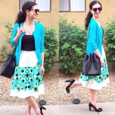 """kate spade full pleated floral midi skirt ❗️Reduced from $150❗️ Authentic kate spade """"solar jenica"""" skirt. Crafted of a blend of linen and cut in a flattering a-line shape, the jenica skirt features a splash of a bright print across the lower half of the silhouette. Hits below the knee, approx 25"""" long. Size 0, waist measures approx 13"""" across lying flat (26"""" around). Hidden side zip closure. Excellent condition, worn once and dry cleaned. Includes original tag. ❌No trades❌Price firm unless…"""