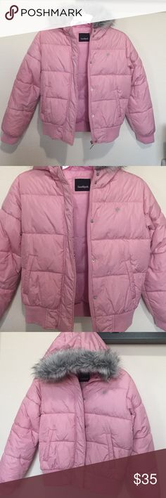 Pink bomber puffer jacket Super cute pink puffer jacket. Perfectly in style  for this season and it is really warm! It has a zipper closure and buttons with 2 front pockets. Has a faux fur trim on the hood. South Pole Jackets & Coats Puffers