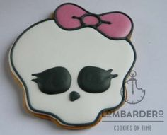 Tutorial galletas Monster High paso a paso con fotos Easy step-by-step in pictures tutorial for the Monster High cookies