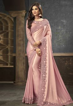 Green color family Embroidered Sarees, Party Wear Sarees with matching unstitched blouse. Fancy Sarees Party Wear, Party Wear Sarees Online, Indian Bridal Sarees, Indian Beauty Saree, Saree Jacket Designs, Blouse Designs, Peach Saree, Designer Sarees Online Shopping, Modern Saree