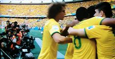 Neymar falls over running to his teammates | Brazil NT | World Cup