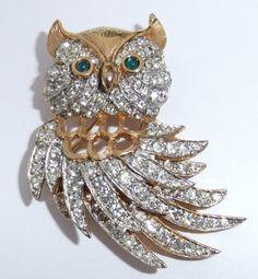 VINTAGE KENNETH JAY LANE KJL GOLD PLATE RHINESTONE OWL BROOCH | eBay
