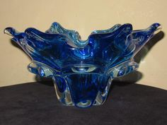 Murano 1950's Blue and Clear Glass Floriform Bowl Dish Side View