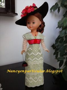 Nancy en particular Girl Doll Clothes, Girl Dolls, Vestidos Nancy, Titanic Costume, Nancy Doll, America Girl, American Girl Crafts, Bobbin Lace, Antique Dolls