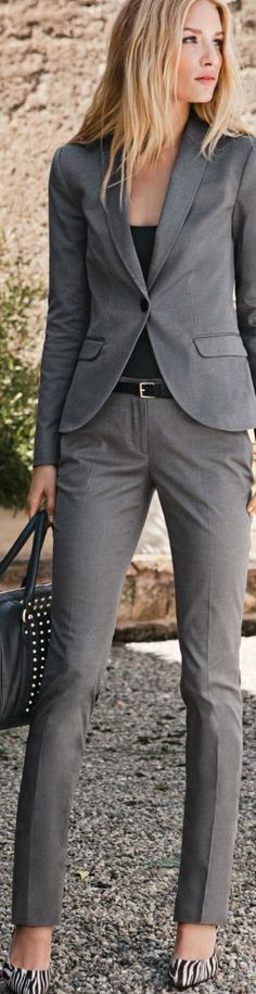 Just a Pretty Style: Elegant grey suit