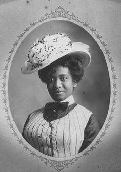 10 Stunning Photos of Black Women from the Victorian Era | Black Girl with Long Hair