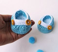 New Born Shoes ::: DIY Crochet Baby Shoes