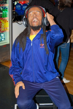 Madame Tussauds - Bob Marley in adidas