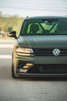 VW Tiguan 2017 Airride tuning 5 photo - New Ideas Tiguan Vw, Vw Passat, Audi, Bmw, Volkswagen Jetta, Vw Polo Modified, Tiguan R Line, Vw Golf 7, Vw Group