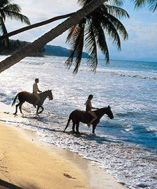 Horseback riding on a beach, Riding Holiday, Beach Honeymoon Destinations, Romantic Beach, Beach Photos, Horse Riding, Central America, Strand, Equestrian, Places To Go