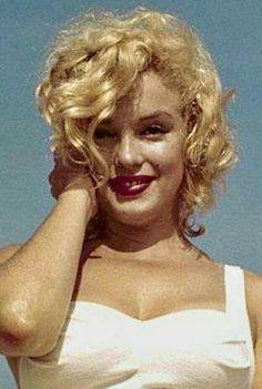 Marilyn. Photo by Sam Shaw, 1957