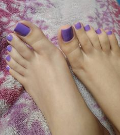 Legs & feet ✾ bare nails в 2019 г. sexy feet, foot toe и feet nails. Purple Toe Nails, Black Toe Nails, Purple Toes, Pretty Toe Nails, Pretty Nail Colors, Sexy Nails, Sexy Toes, Pretty Toes, Love Nails