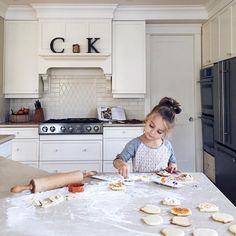 Baking on a Sunday afternoon Pin↠ @happyygabbyy