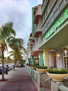 Miami beach : Fun place to be . Wayne and I were here by ourselves and once with Kevin and Shana
