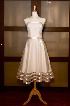 Simple strapless tea-length beach gown dream-wedding-stuff
